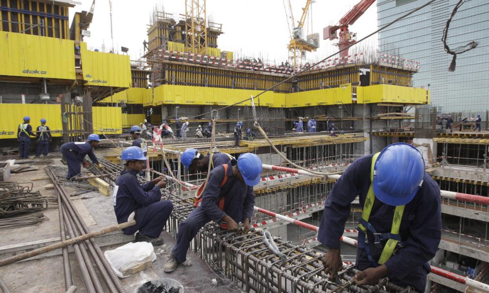 13-04-11 Burj Al-Salam site